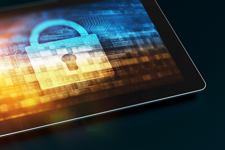 audyt bezpieczeństwa. IT Security kontrola zabezpieczeń komputerowych. Closed Padlock Concept. Technology Security.